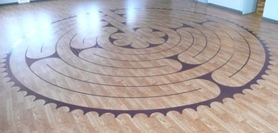 indoor labyrinth